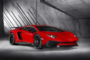 Picture of Lamborghini Aventador LP750-4 SV