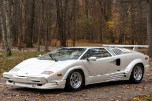 Photo of Lamborghini Countach 25TH Anniversary
