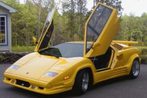 Picture of Lamborghini Countach 25TH Anniversary