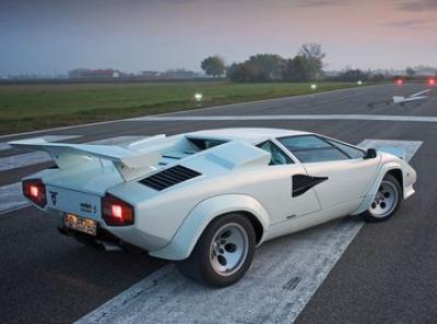 Lamborghini Countach Lp500s Acceleration Times Accelerationtimes Com