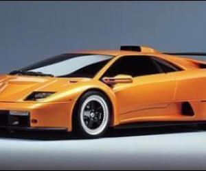 Ferrari F50 vs Lamborghini Diablo GT , FastestLaps.com