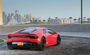 Photo of Lamborghini Huracán LP 580-2