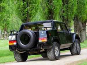 Photo of Lamborghini LM002