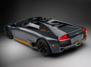 Photo of Lamborghini LP650-4 Roadster Limited Edition