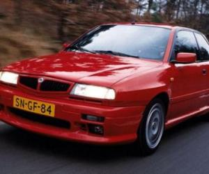 Picture of Lancia Delta HPE HF Turbo