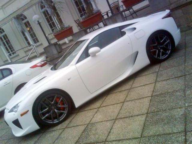 Image of Lexus LFA