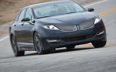 Lincoln MKZ 3.7