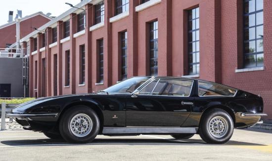 Image of Maserati Indy 4200