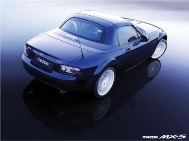 Image of Mazda MX-5 2.0 Roadster Coupe