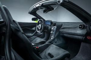 Photo of McLaren 765LT Spider