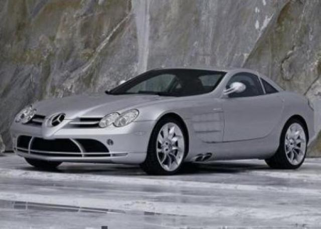 Image of McLaren Mercedes SLR
