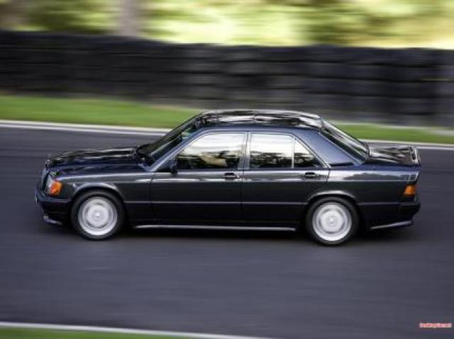 Mercedes-Benz 190E 3 2 AMG laptimes, specs, performance data