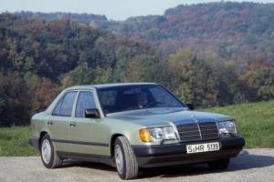 Picture of Mercedes-Benz 250 D (W124)