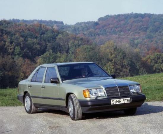Image of Mercedes-Benz 250 D