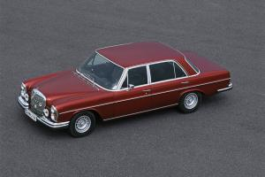 Picture of Mercedes-Benz 300 SEL 6.8 AMG