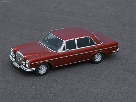 Image of Mercedes-Benz 300 SEL 6.8 AMG