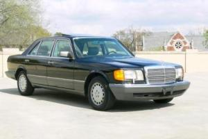Picture of Mercedes-Benz 350 SDL (W126)