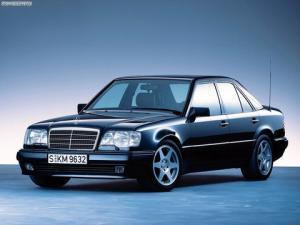 Photo of Mercedes-Benz 500E
