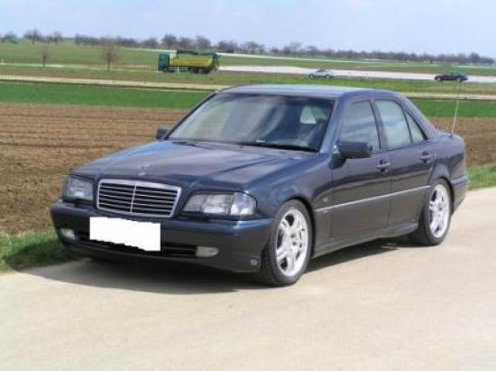 Image of Mercedes-Benz C 180