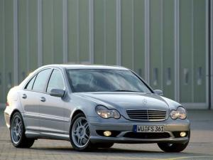 Photo of Mercedes-Benz C 32 AMG
