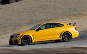 Photo of Mercedes-Benz C 63 AMG Coupe Black Series Aerodynamic Pack