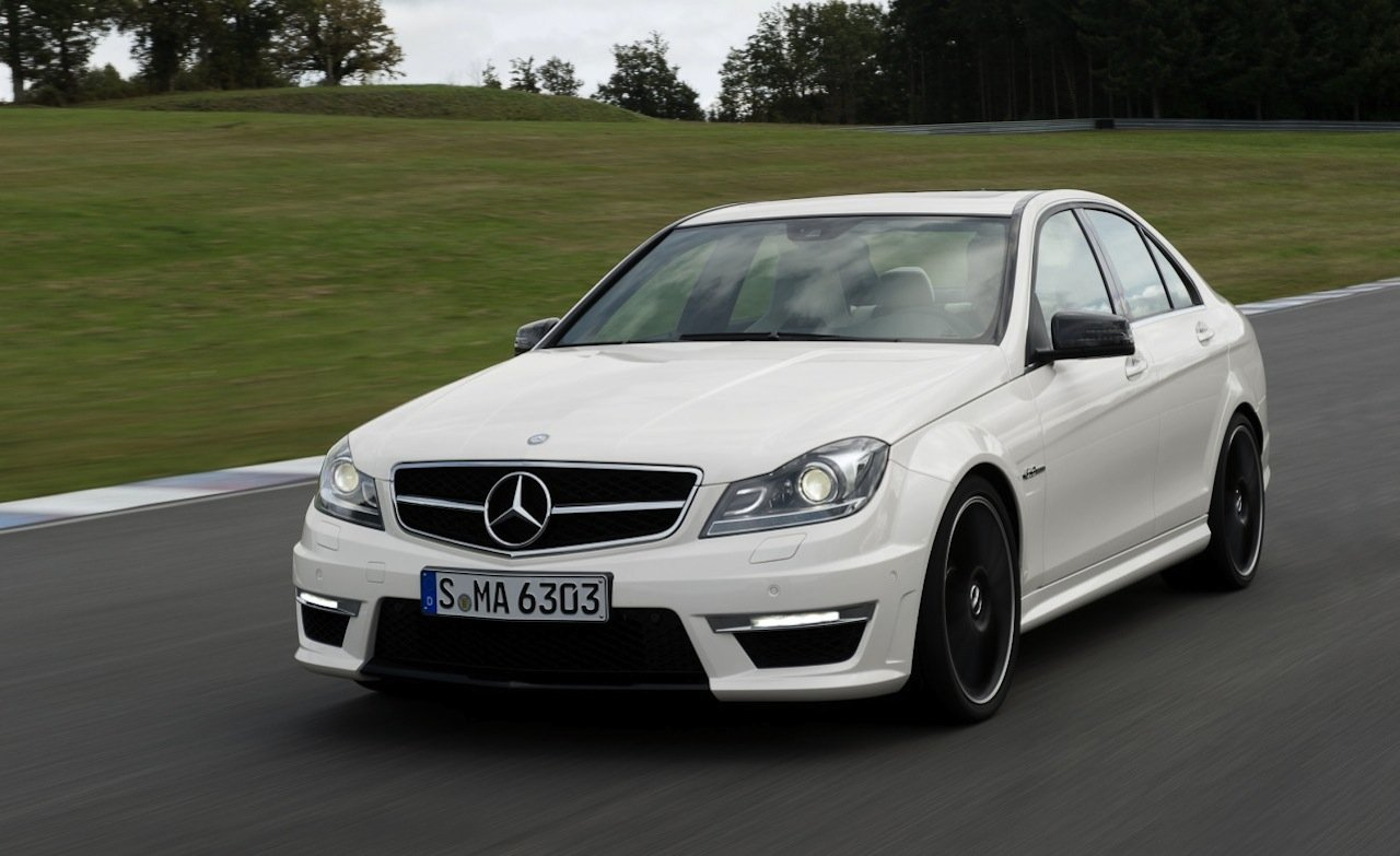 mercedes benz c 63 amg performance package laptimes specs. Black Bedroom Furniture Sets. Home Design Ideas