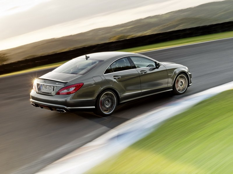 Image Of Mercedes Benz Cls 63 Amg Perfromance Package