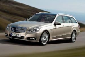 Picture of Mercedes-Benz E 220 CDI T