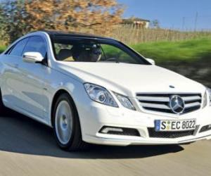 Picture of Mercedes-Benz E 250 CDI Coupe