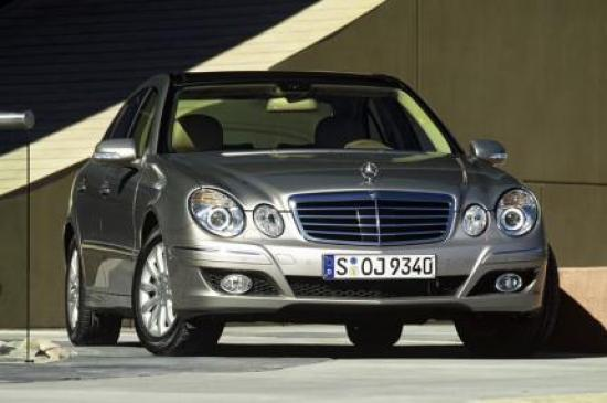 Image of Mercedes-Benz E 320 CDI