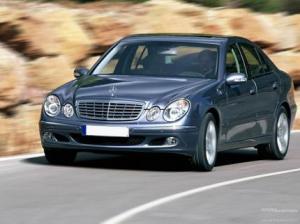 Photo of Mercedes-Benz E 420 CDI