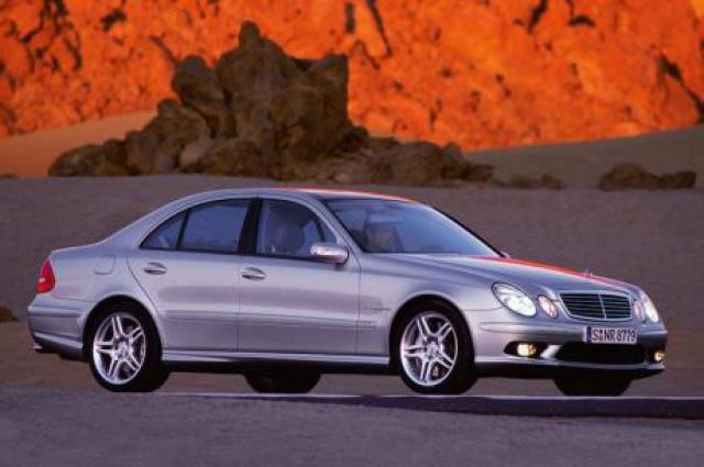 Image of Mercedes-Benz E 55 AMG