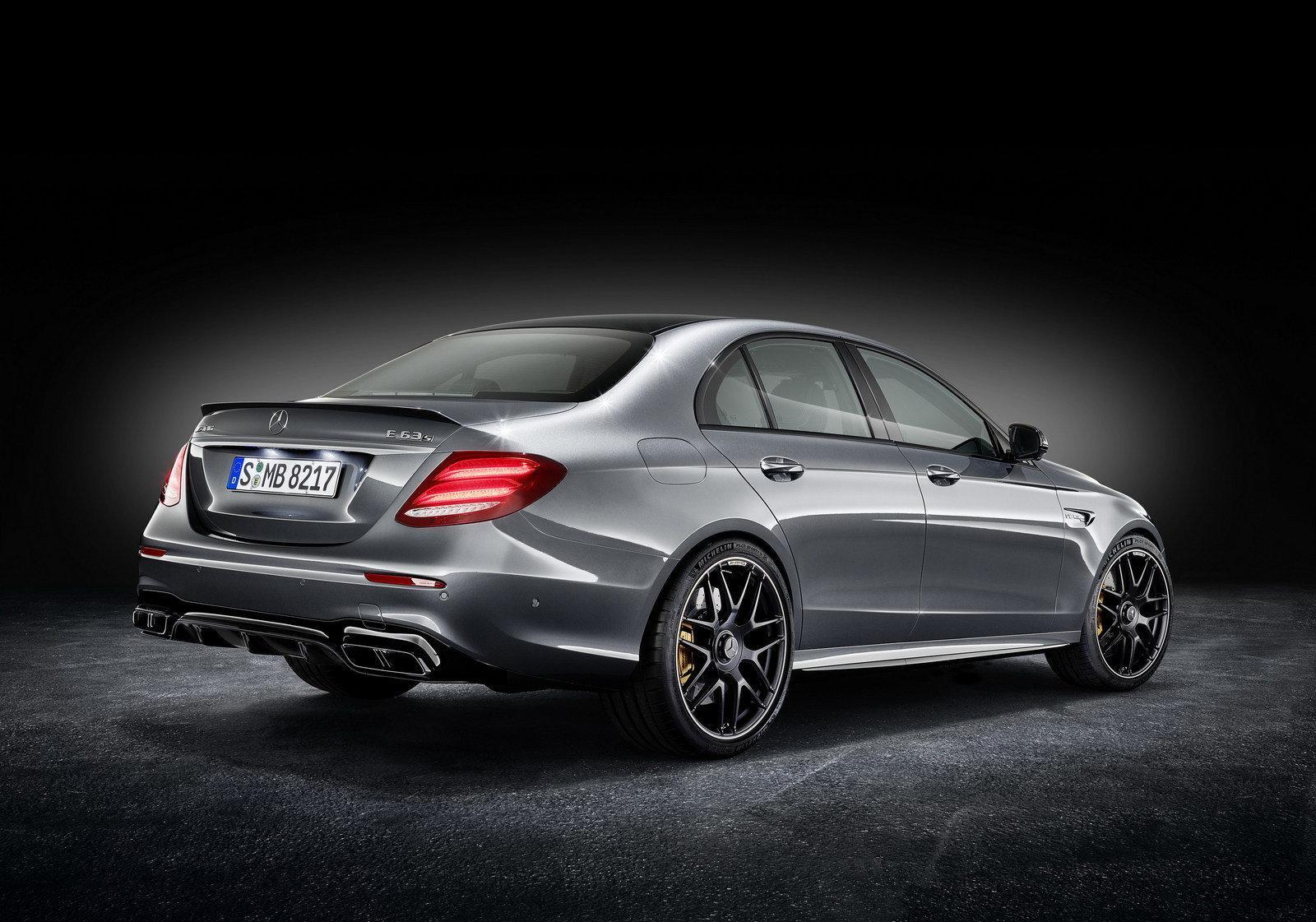 Mercedes-Benz E 63 AMG S 4Matic+ W213 laptimes, specs, performance