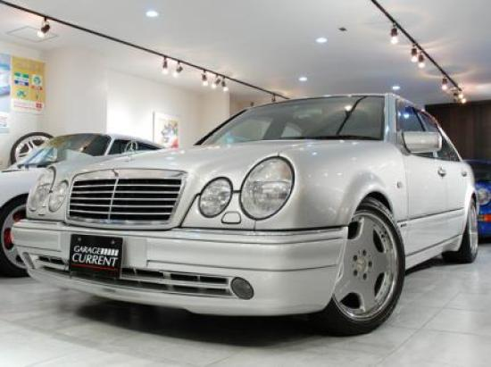 Image of Mercedes-Benz E60 AMG
