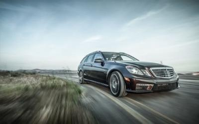 Image of Mercedes-Benz E63 AMG T Performance Pack