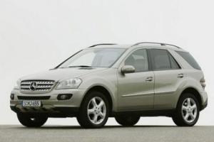 Picture of Mercedes-Benz ML 500
