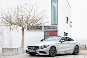Picture of Mercedes-Benz S63 AMG Coupe
