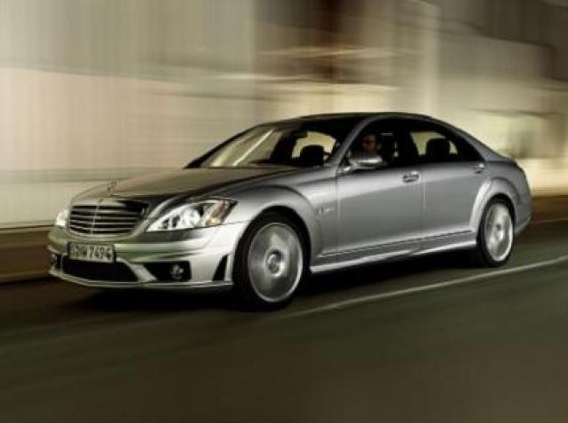 Mercedes-Benz S65 AMG laptimes, specs, performance data