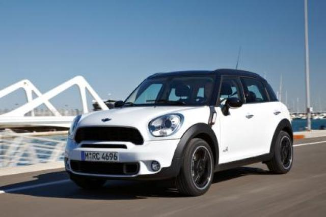 Mini Cooper D Countryman Laptimes Specs Performance Data