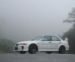 Picture of Mitsubishi Lancer Evo V RS