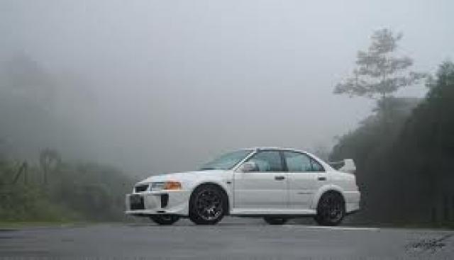 Image of Mitsubishi Lancer Evo V RS