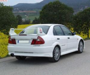 Picture of Mitsubishi Lancer Evo V