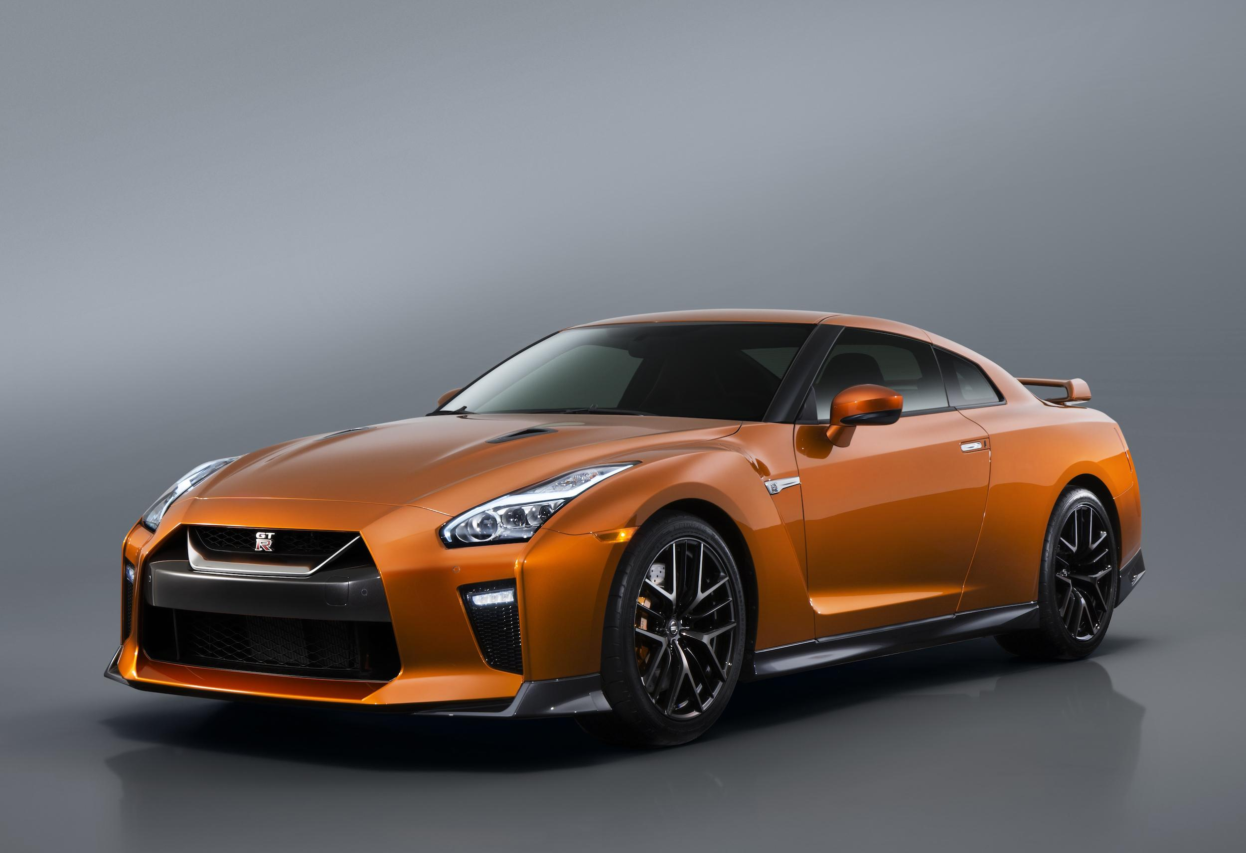 Nissan Gt R R35 570ps Specs