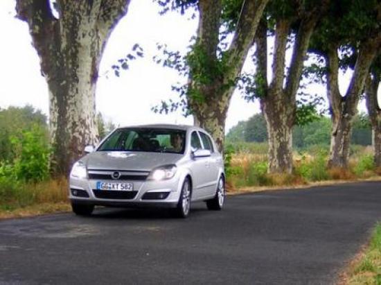 Image of Opel Astra 1.9 CDTi