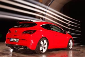 Photo of Opel Astra OPC 2012