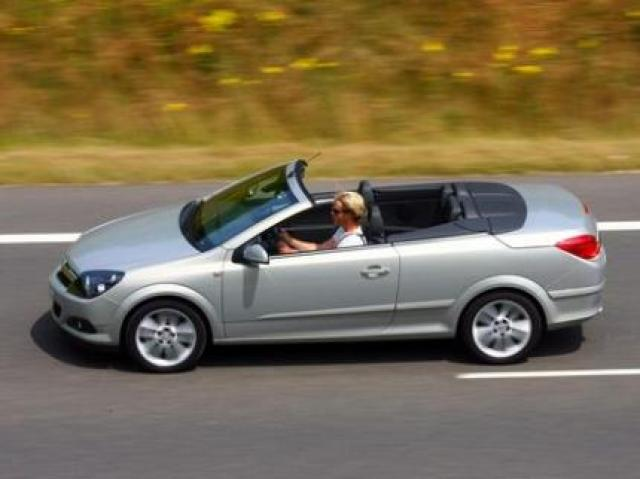 Image of Opel Astra TwinTop 1.8
