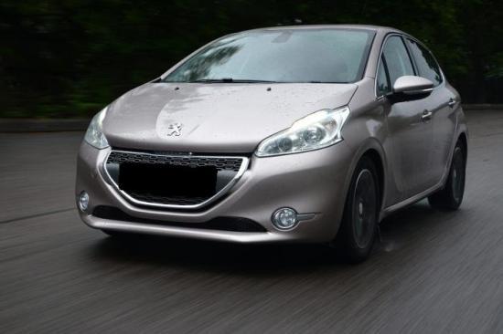 Image of Peugeot 208 e-HDi