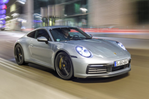 Picture of Porsche 911 Carrera 4 (992)