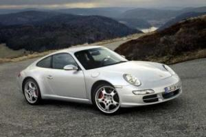 Picture of Porsche 911 Carrera S (997)