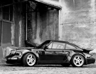 Image of Porsche 911 Turbo 3.3